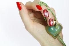 De manicure van de spijkerkunst met hart Royalty-vrije Stock Afbeeldingen