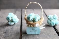 8 de março Cartão internacional com flores, estilo retro do dia do ` s das mulheres Fotografia de Stock Royalty Free