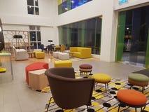 6 de março de 2017, Kuala Lumpur Os íbis denominam Kuala Lumpur Sri Damansara Hotel na noite Imagem de Stock