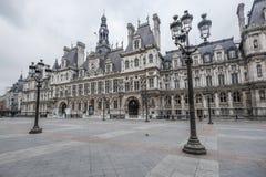 15 DE MARÇO DE 2015: Opinião dianteira maravilhosa Hotel de Ville em Paris Imagem de Stock Royalty Free