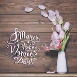 8 de março Dia feliz dos women's! Cartão com flores cor-de-rosa Imagem de Stock Royalty Free