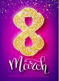 8 de março o brilho do ouro para o cartão do dia das mulheres e o luxo text a rotulação em um fundo branco Conceito do dia da mul Foto de Stock Royalty Free