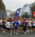 de marathon巴黎起始时间 免版税库存照片