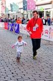 De Marathon van kinderen in Oslo, Noorwegen Stock Foto
