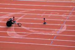 De marathon van mensen in de Spelen van Peking Paralympic Stock Foto's