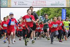 2013 de Marathon van Ottawa Y Royalty-vrije Stock Foto