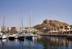 De Marine van Alicante en het kasteel stock afbeeldingen