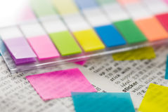 De markeringen en de stickers zijn nuttige hulpmiddelen Stock Foto's