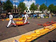 De markt van de kaas in Alkmaar royalty-vrije stock fotografie