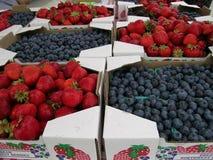 De Markt van de landbouwer stock afbeeldingen