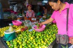 De Markt van de Maeklongspoorweg Royalty-vrije Stock Fotografie