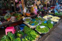 De Markt van de Maeklongspoorweg Stock Afbeeldingen