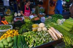 De Markt van de Maeklongspoorweg Royalty-vrije Stock Foto's