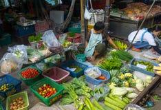 De Markt van de Maeklongspoorweg Royalty-vrije Stock Afbeelding