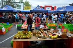 De markt van de Rotoruanacht - Nieuw Zeeland royalty-vrije stock foto's