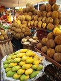 De Markt van de straat in Yangon Stock Foto
