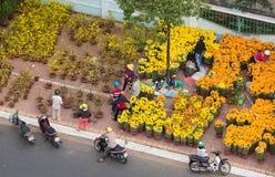 De markt van de Tetbloem, Vietnam, hoogste mening Stock Fotografie