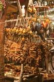 De markt van Kerstmis bij vierkant Vorosmarty in Boedapest Stock Afbeelding