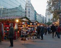 De markt van Kerstmis in Boedapest, Hongarije Royalty-vrije Stock Fotografie