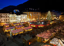 De markt van Kerstmis in Bolzano royalty-vrije stock fotografie