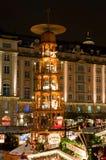 De Markt van Kerstmis in Dresden Stock Foto's