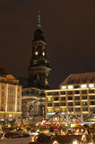De Markt van Kerstmis in Dresden Stock Afbeeldingen