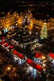 De markt van Kerstmis in Praag Stock Afbeelding