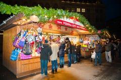 De markt van Kerstmis in Wenen, Oostenrijk Stock Foto