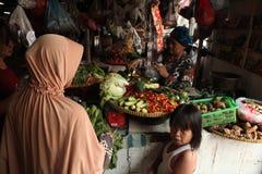 De Markt van Pasarpramuka in Djakarta, Centraal Java, Indonesië Stock Fotografie
