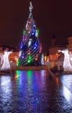 De markt van Vilniuskerstmis bij nacht Stock Foto's