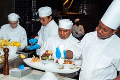 De Markt van vissenzeevruchten en Restaurants het bloeien royalty-vrije stock afbeelding
