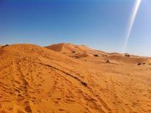 De Marokkaanse duinen van Merzouga de Sahara royalty-vrije stock foto's