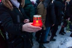 27 de marzo de 2018, RUSIA, VORONEZH: La acción de conmemorar a las víctimas del fuego en el centro comercial en Kemerovo imágenes de archivo libres de regalías