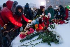 27 de marzo de 2018, RUSIA, VORONEZH: La acción de conmemorar a las víctimas del fuego en el centro comercial en Kemerovo fotografía de archivo