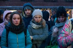 27 de marzo de 2018, RUSIA, VORONEZH: La acción de conmemorar a las víctimas del fuego en el centro comercial en Kemerovo imagen de archivo