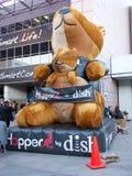 De Mascotte van de Vultrechter van de schotel bij CES 2013 Stock Foto