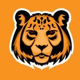 De mascotte van het tijgerembleem De geïsoleerde vectorillustratie van de sneeuwluipaard hoofd Stock Afbeeldingen