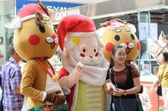De mascottes van de Kerstman en van het rendier Royalty-vrije Stock Afbeelding
