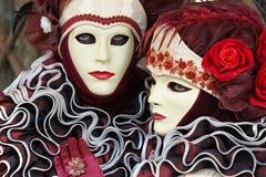 De Maskers van Venetië, Carnaval. Nadruk op het juiste masker. royalty-vrije stock foto's