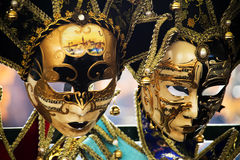 De maskers van Venetië op verkoop Stock Afbeeldingen
