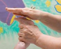 De massage van de baby Royalty-vrije Stock Fotografie