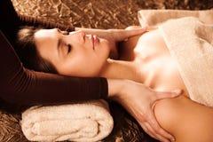 De massage van de schouder Stock Afbeelding
