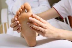 De massage van de voet Stock Foto's