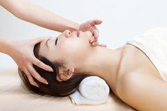 De massage van het gezicht Royalty-vrije Stock Foto's
