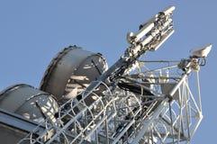 De mast van de telecommunicatie met antennes Stock Afbeelding