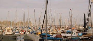 De masten van jachten Stock Foto's