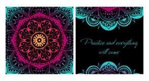 De mat van de ontwerpyoga Elementen van Mandala Oosters patroon op zwarte achtergrond royalty-vrije illustratie