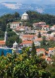 3 de mayo de 2019, Cavtat, Croacia Paisaje urbano imagen de archivo