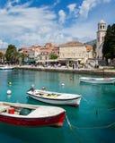 3 de mayo de 2019, Cavtat, Croacia Torre de iglesia fotografía de archivo libre de regalías