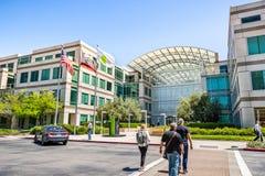 2 de mayo de 2019 Cupertino/CA/los E.E.U.U. - campus de Apple en Silicon Valley, lazo uno, área de la Bahía de San Francisco del  fotos de archivo